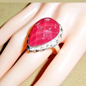 Jewelry - Pink Faceted Pear Shaped Ring